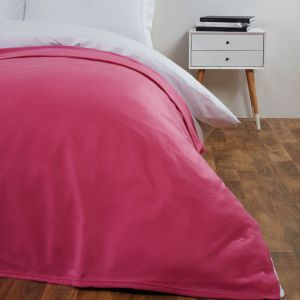 120X150Cm Dover Plain Fleece Throw Fuschia